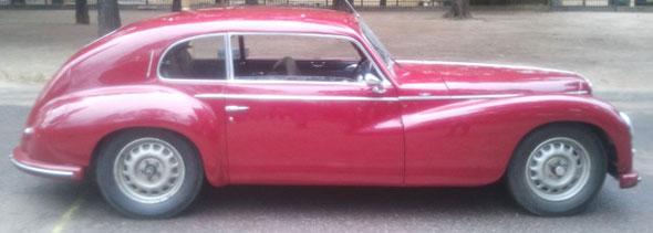Auto Alfa Romeo 6C Flecha De Oro