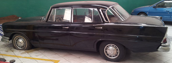 Car Mercedes Benz 220 SB 1965