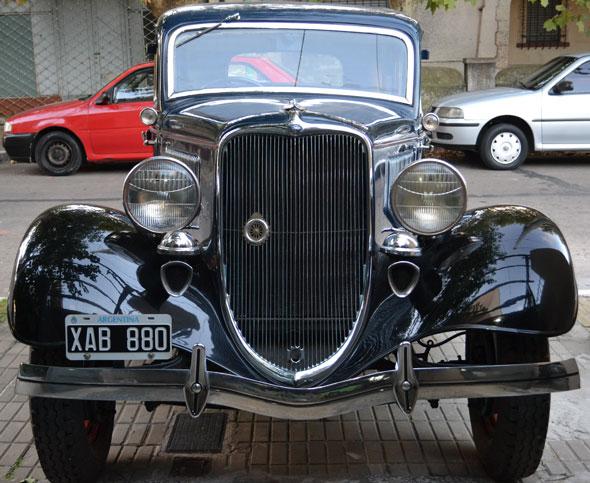 Car Ford 1933