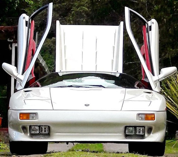Auto Lamborghini Diablo VT