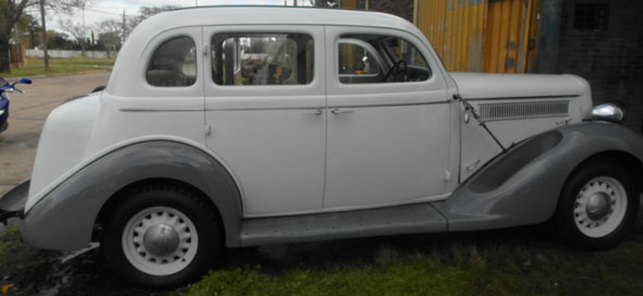 Car Dodge De Luxe  1935