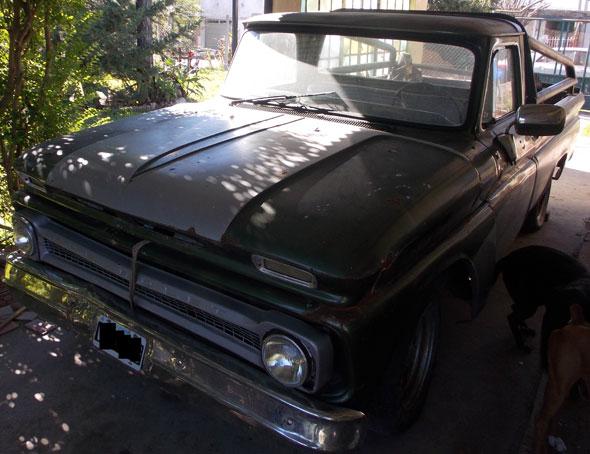 Car Chevrolet C 10