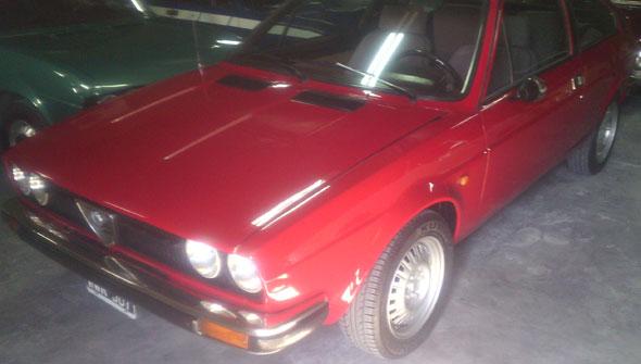 Car Alfa Romeo Sprint Veloce