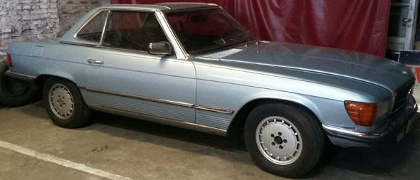 Car Mercedes Benz 280 SL 1981