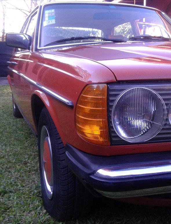Car Mercedes Benz 300D