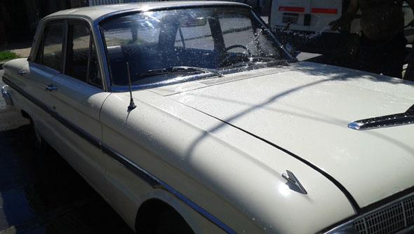 Car Ford Falcon 1966