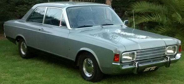Auto Ford 17M P7B