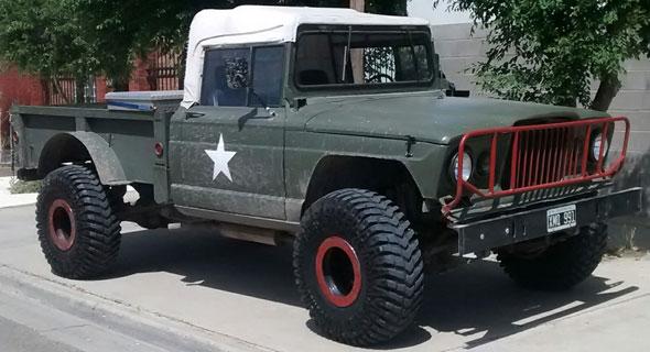 Car Jeep M-715