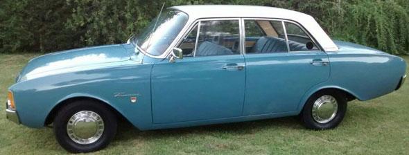 Car Ford 17M Super