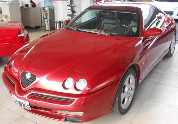 Car Alfa Romeo GTV 3.0 V6 24v