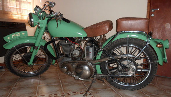 Motorcycle BSA 500