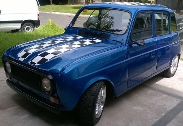 Car Renault 4
