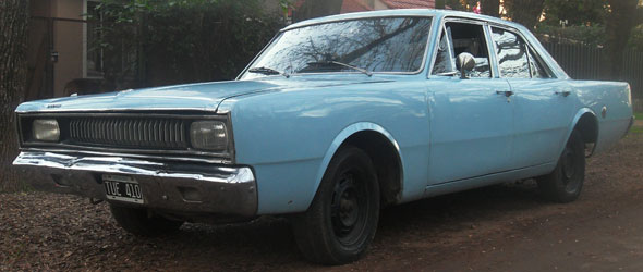 Car Dodge Polara