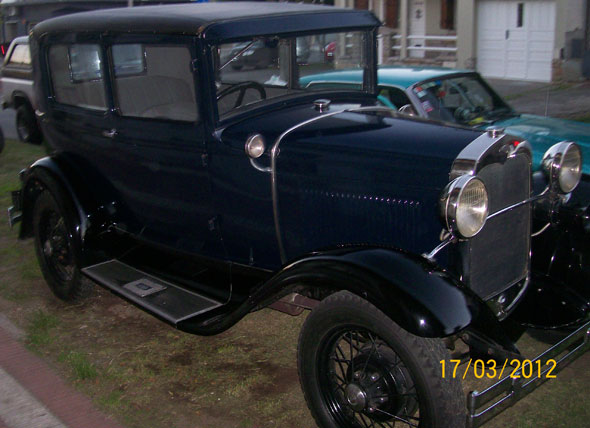 Auto Ford A 1931