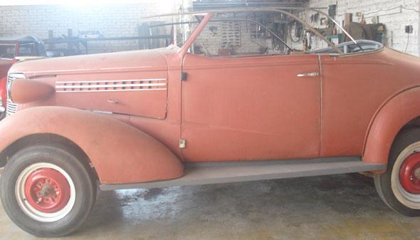 Car Chevrolet Coupe 1938