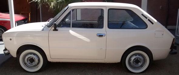 Auto Fiat 133