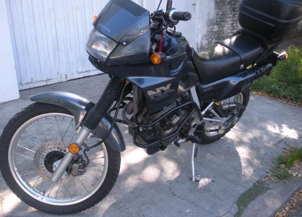 Car Honda NX 650
