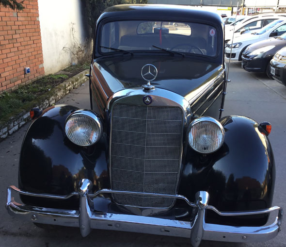 Car Mercedes Benz 170