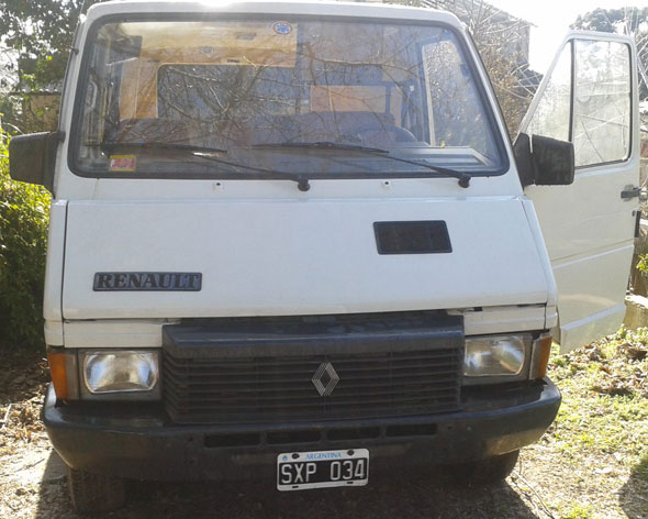 Car Renault Trafic TA12