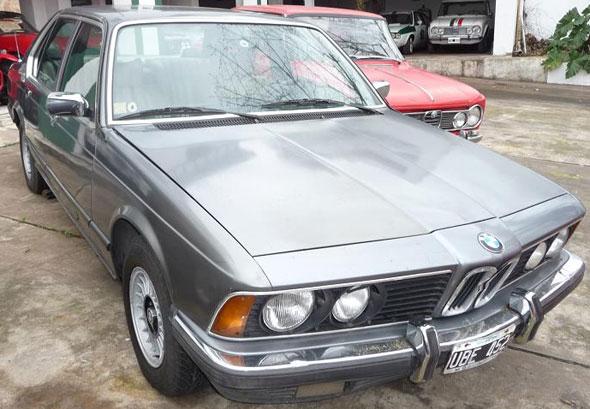 Car BMW 735 I