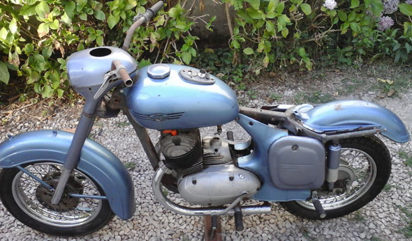Moto Jawa 1956
