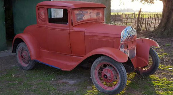 Car Ford 1930 5W