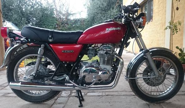 Motorcycle Kawasaki KZ400