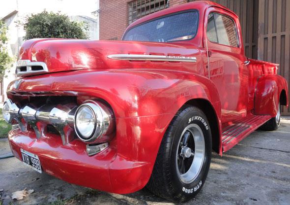 Car Ford 1951 F2