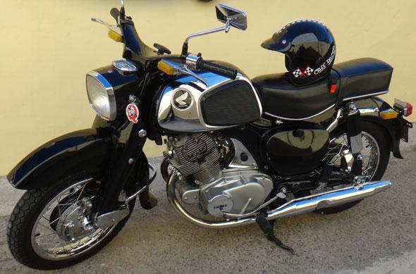 Motorcycle Honda Dream