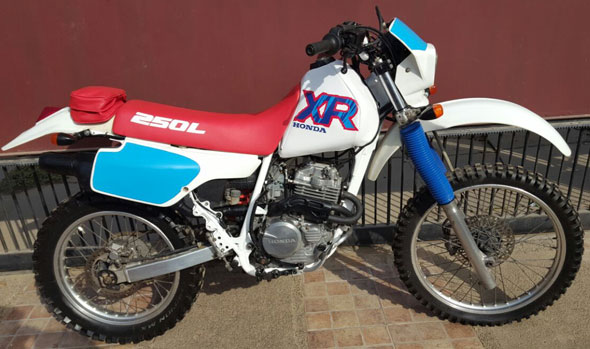 Motorcycle Honda XR 250 L