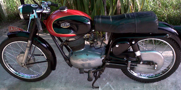 Motorcycle Gilera SS 150 1960