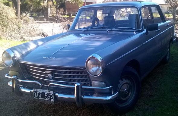 Car Peugueot 404 1968