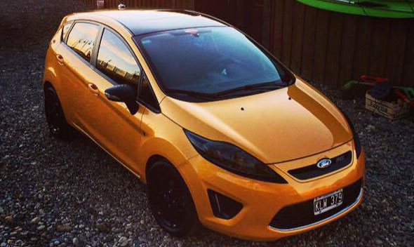 Auto Ford Fiesta Kinetic