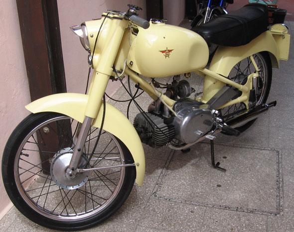 Motorcycle Rumi CC 125