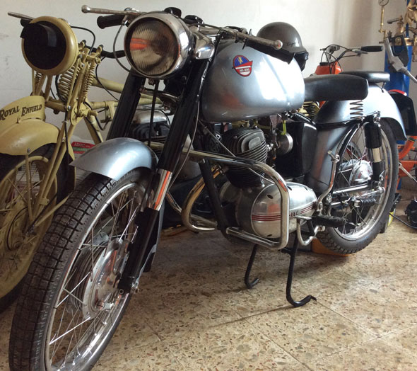 Motorcycle Mival 175