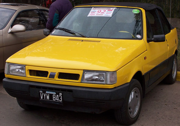 Car Fiat Uno Cabriolet