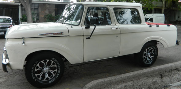 Car Ford 1961 Doble Cabina