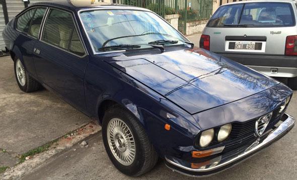 Auto Alfa Romeo GT