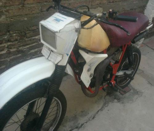 Moto Juki JX 80