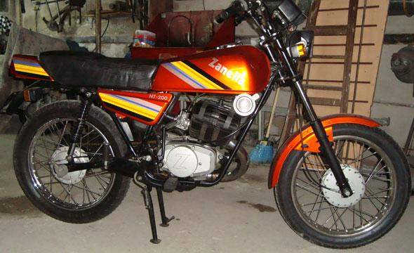 Motorcycle Zanella NT 200