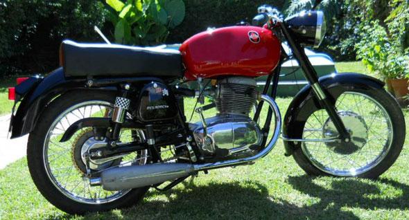 Moto Gilera 300 1965