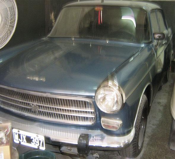 Car Peugeot 404D