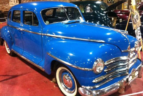 Car Plymouth 1947