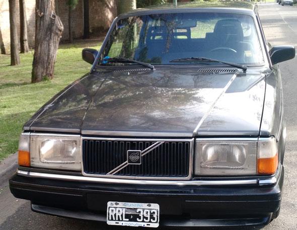 Car Volvo 240 1992
