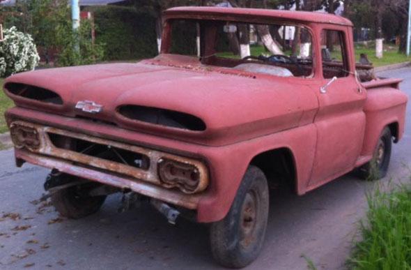 Car Chevrolet Apache 1961