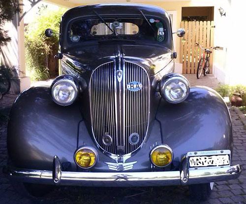 Car Plymouth 1938