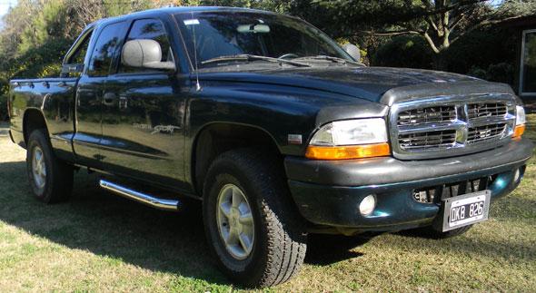 Auto Dodge Dakota