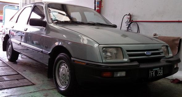 Auto Ford Sierra 1.6 GL Base