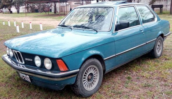 Auto BMW 320 1981