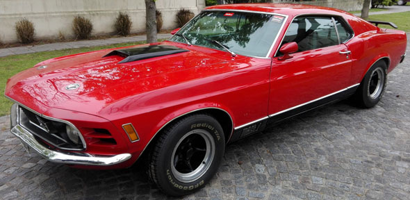 Auto Ford Mustang Mach One